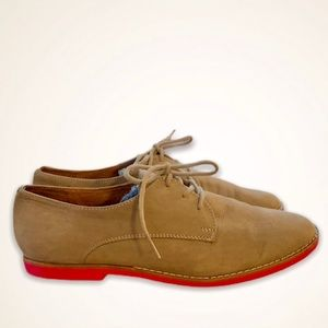 Steve Madden women's suede Oxford shoes